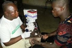 séance de dépistage de VIH gratuit et volontaire