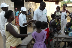 aimes-Afrique pour la promotion du droit à la santé pour chaque enfant